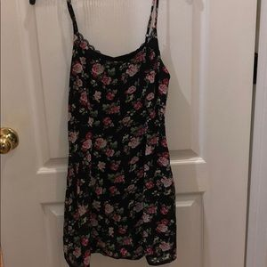 Very Cute Floral Spaghetti Strap Dress